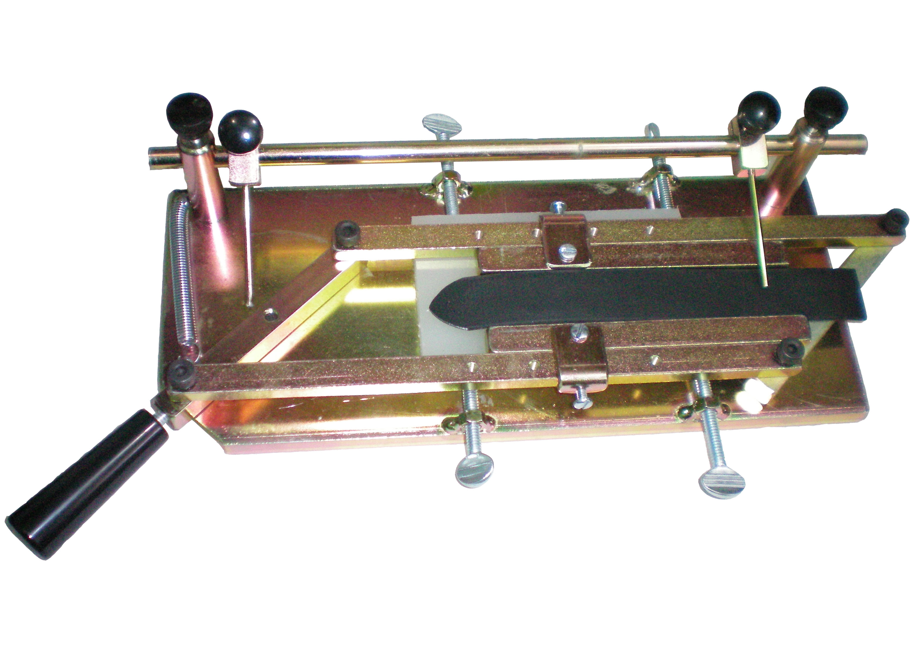 Foot Press Self Centering Table